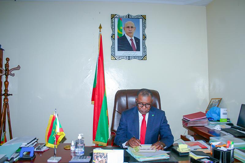 رئيس سلطة تنظيم النقل العمومي السيد بلخير ولد بركه