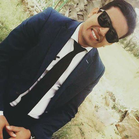 مقدم البرلنامج أحمد محمود حامدينو