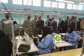 رئيس الجمهورية يزور مصنع الملابس العسكرية