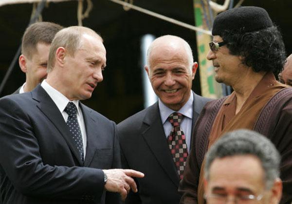 القذافي و بوتين